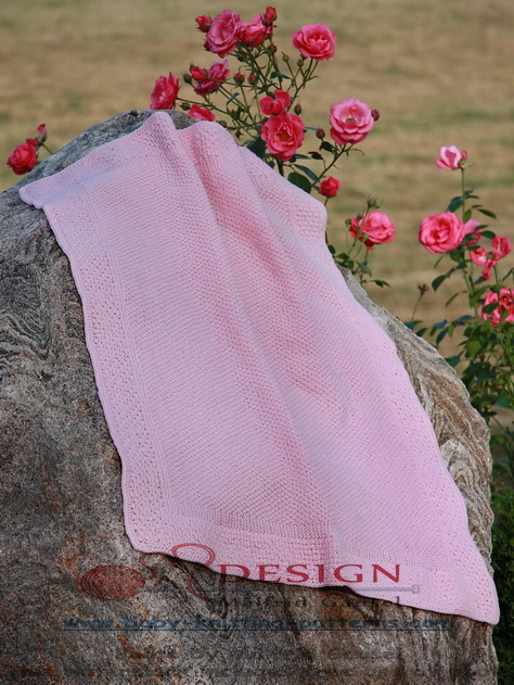 Målfrid has created the most wonderful  super soft, warm and easy to knit baby blanket for your baby.