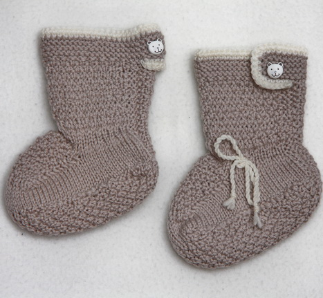 Knit Baby Booties free pattern for strawberries