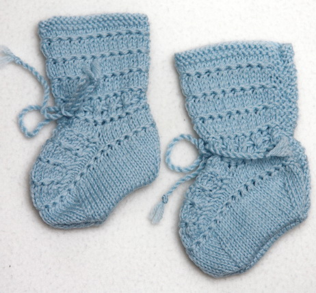 KNIT CHILD SOCKS PATTERN Free Knitting and Crochet Patterns